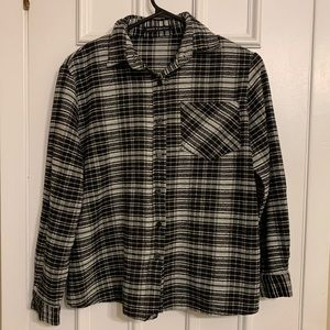 ✨ 3 FOR $15 ✨ Brandy Melville flannel